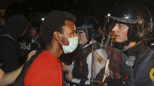 Etats-Unis : les manifestations contre les violences policières se poursuivent