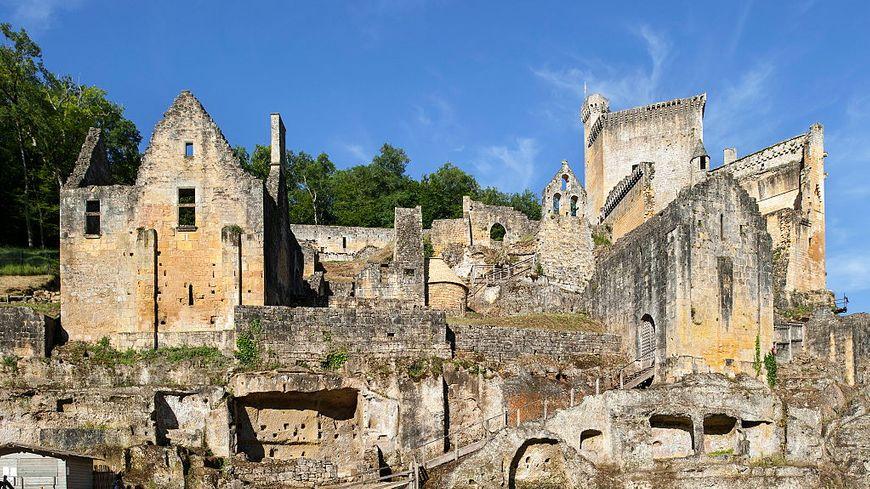 Hubert de Commarque : un château de famille à l'histoire préhistorique
