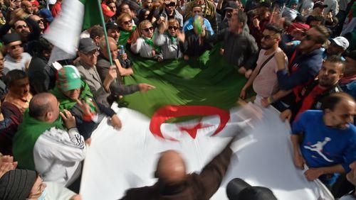 Algérie, le Hirak bâillonné?