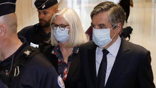 François Fillon condamné à deux ans de prison ferme