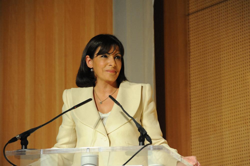 Anne Hidalgo renonce au débat sur BFMTV en soutien aux grévistes de la chaîne