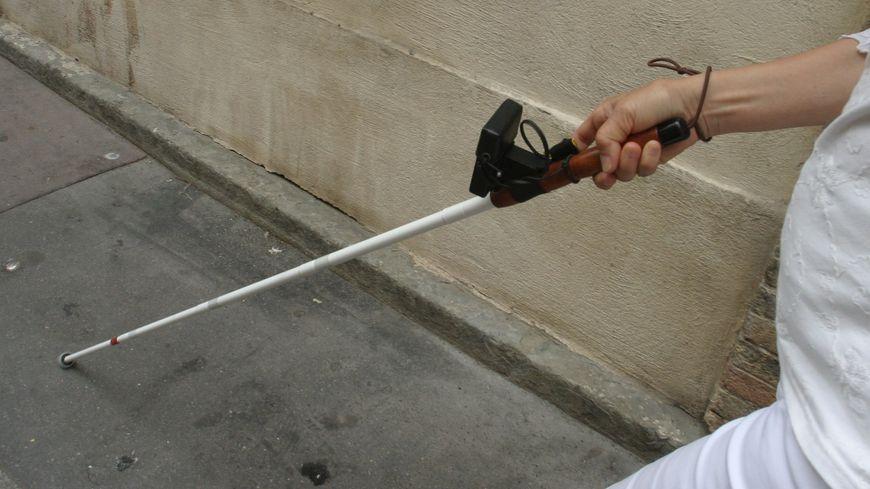 Une employée aveugle de l'hôtel de Région tombe dans le lez en se rendant à son travail à Montpellier