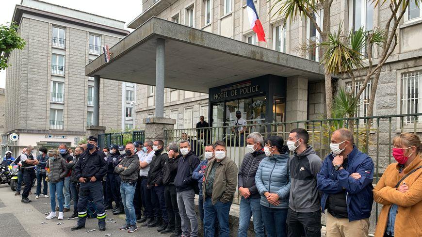 """Les policiers estiment qu'ils ont été """"lâchés"""" par leur ministre de tutelle, Christophe Castaner."""