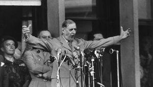 Charles De Gaulle à Alger en 1958