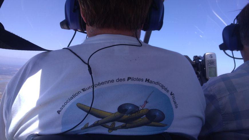 """""""Les mirauds volants"""" organisent des stages de formation au pilotage pour les personnes non et mal-voyantes."""