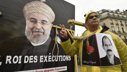 La justice iranienne suspend l'exécution de trois jeunes condamnés à mort