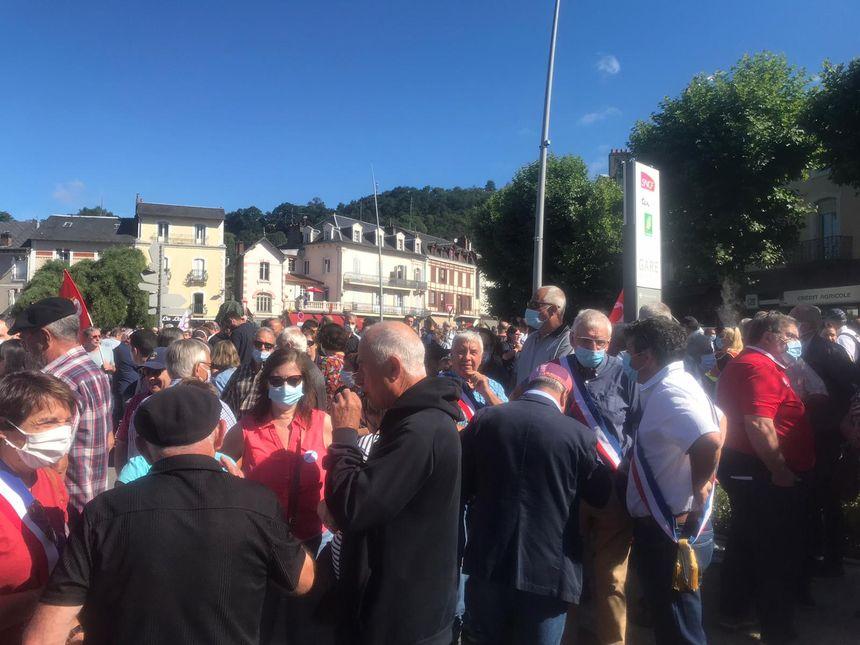 Beaucoup d'élus se sont joints à cette manifestation
