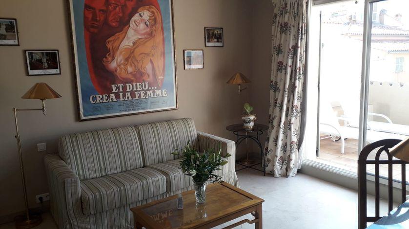 L'hôtel de la Ponche, à Saint-Tropez, garde fièrement la mémoire d'un tournage devenu mythique.