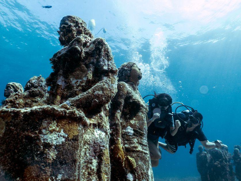 Le Musée d'art contemporain sous-marin de Cancun, une Atlantide écologique