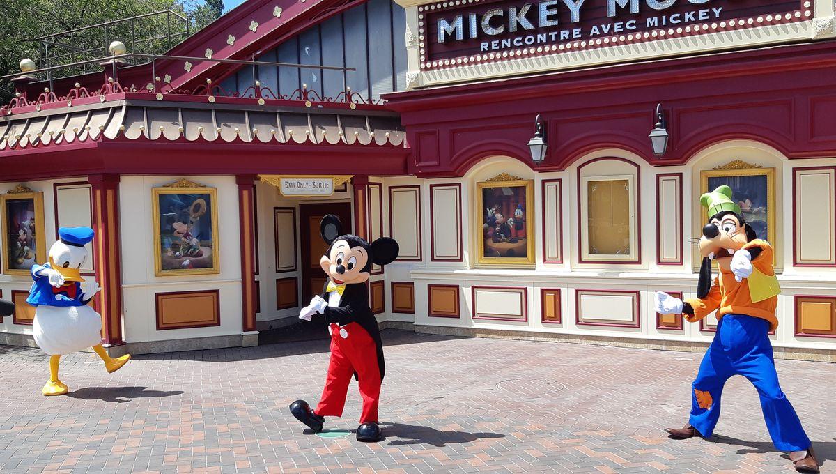 Attraction Rencontre Avec Mickey