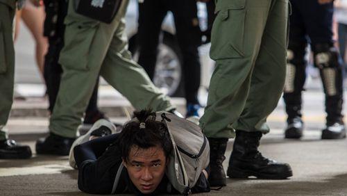 La reprise en main de Pékin sur Hong-Kong inquiète jusque chez les minorités oppressées par la Chine et réfugiées en France
