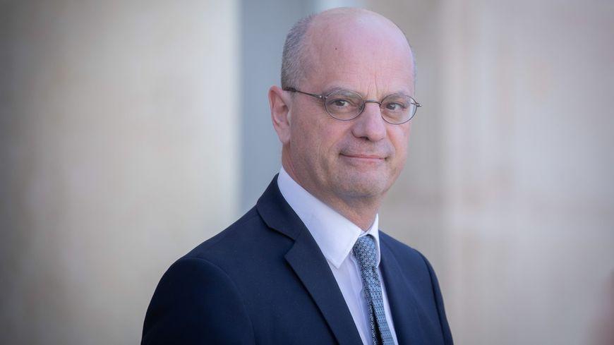 Rentr e Le Ministre De L Education Nationale Jean Michel Blanquer Sera En Mayenne Le Lundi Ao t