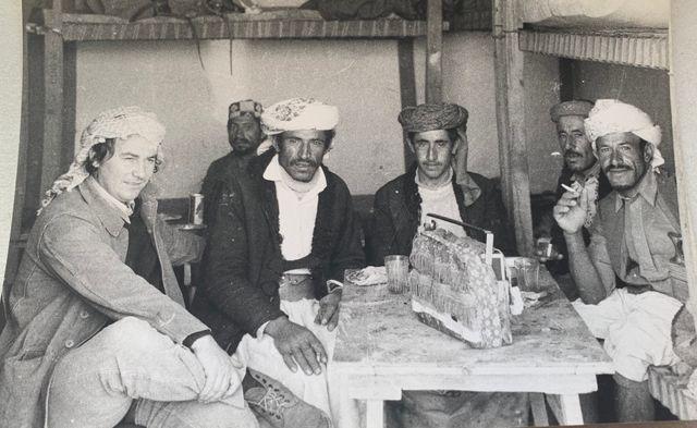 Michel Renaud (à gauche), lors d'un voyage au Yémen, en 1976