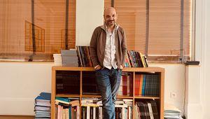 Richard Malka, avocat de Charlie Hebdo depuis 25 ans, dans son cabinet parisien
