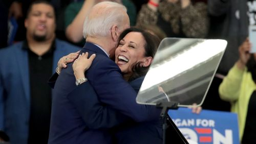Présidentielle américaine : Joe Biden choisit Kamala Harris pour être sa vice-présidente en cas de victoire