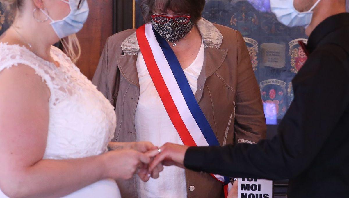 Coronavirus En Nouvelle Aquitaine Les Evenements Prives Cibles Par L Agence Regionale De Sante