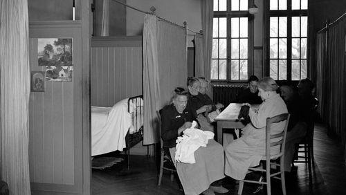 Épisode 1 : L'invention de l'hospice