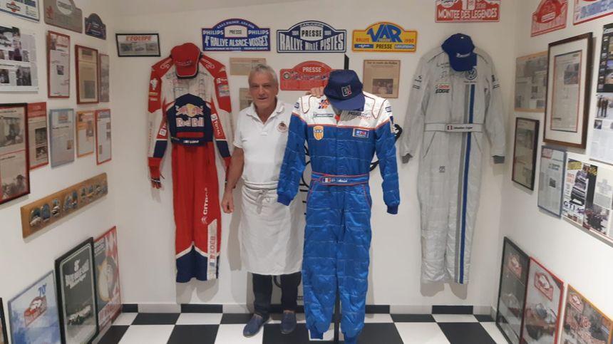 Yves Jouanny dans son musée du rallye de Monte Carlo