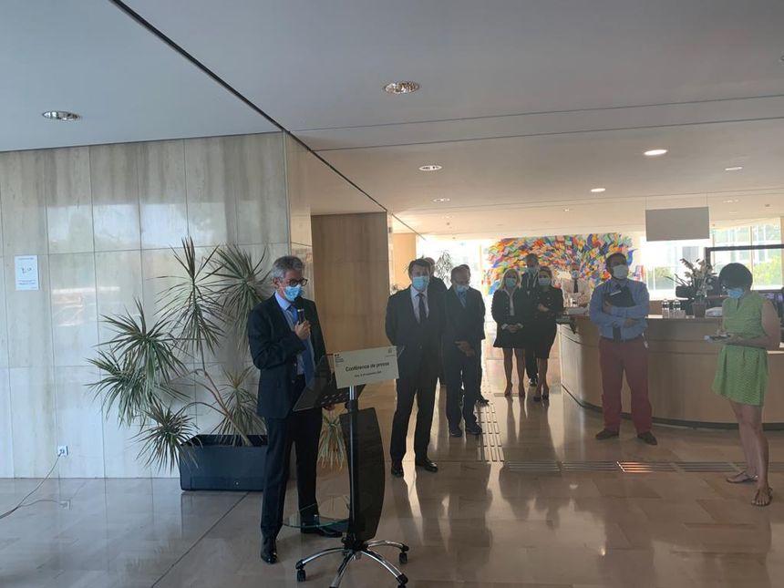 Le préfet des Alpes-Maritimes renforce les mesures à Nice, pour enrayer la propagation du coronavirus