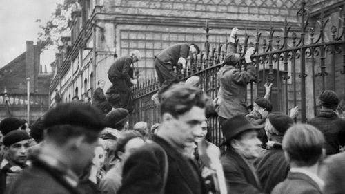 Le Conseil constitutionnel ouvre la voie à l'indemnisation de mineurs grévistes de 1948