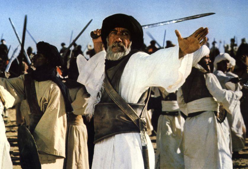 L'acteur américain Anthony Quinn dans le rôle de Hamza dans le film Le Message de Moustapha Akkad (1977)