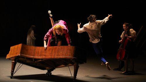 Valère Novarina et Jean Bellorini se jouent des Ombres