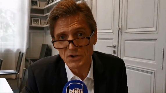 VIDÉO - Arrivée d'Hatem Ben Arfa aux Girondins de Bordeaux : Frédéric Longuépée et Alain Roche s'expliquent