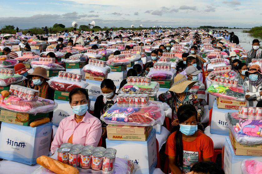 Au Cambodge, après la catastrophe, l'aide mise en images