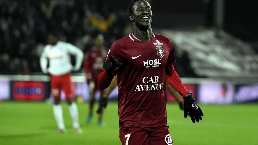 FC Metz : l'attaquant Ibrahima Niane sévèrement blessé à l'entraînement
