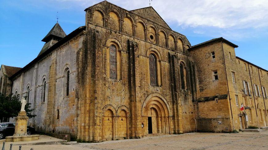 Il y a 80 ans, le Diable pénétrait dans le couvent de Cadouin 870x489_whatsapp_image_2020-10-31_at_18.59.50