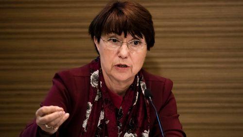 """Catherine Arenou, maire DVD de Chanteloup-les-Vignes : """"les maires doivent être ceux qui signalent les sorties de route de la République"""""""