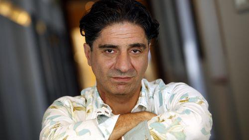 """Simon Abkarian : """"Monter sur un plateau de théâtre est un acte civilisateur en soi"""""""