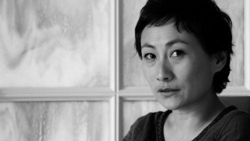 """Célia Levi : """"Je ne crois pas que l'écriture puisse me sortir du spectacle du capitalisme"""""""