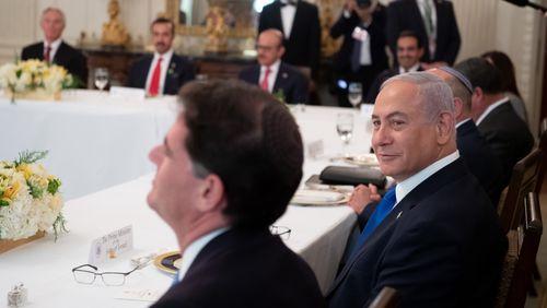 Les États-Unis annoncent un accord entre Israël et le Soudan pour normaliser leurs relations diplomatiques