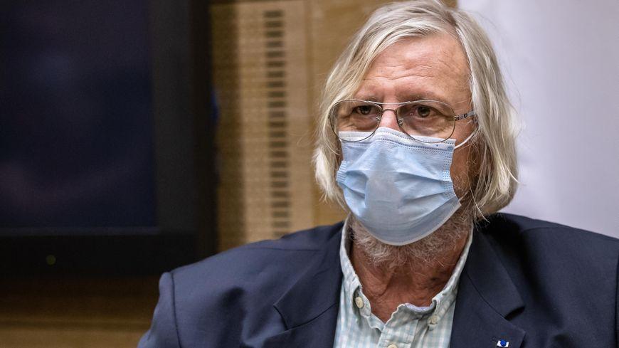 Coronavirus : le professeur Didier Raoult saisit la justice pour pouvoir utiliser l'hydroxychloroquine