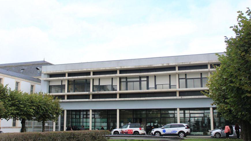 Le centre hospitalier de la Tour Blanche à Issoudun
