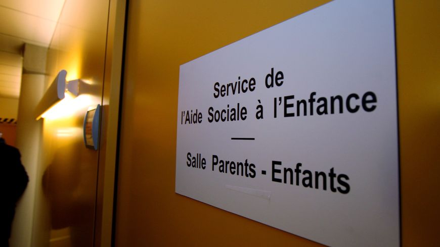 """Aide sociale à l'enfance : une assistante familiale creusoise se sent  """"abandonnée"""""""
