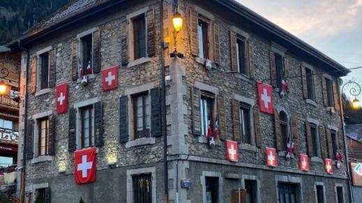 La mairie de Châtel
