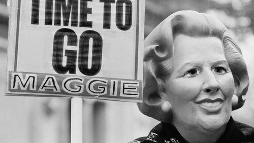 Avec la nouvelle saison de la série The Crown, mettre en scène la chute de Margaret Thatcher