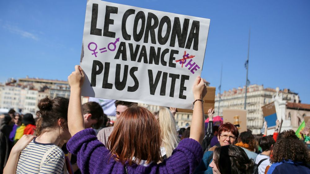 Photo d'une pancarte lors d'une manifestation contre les violences sexuelles à Marseille, France.