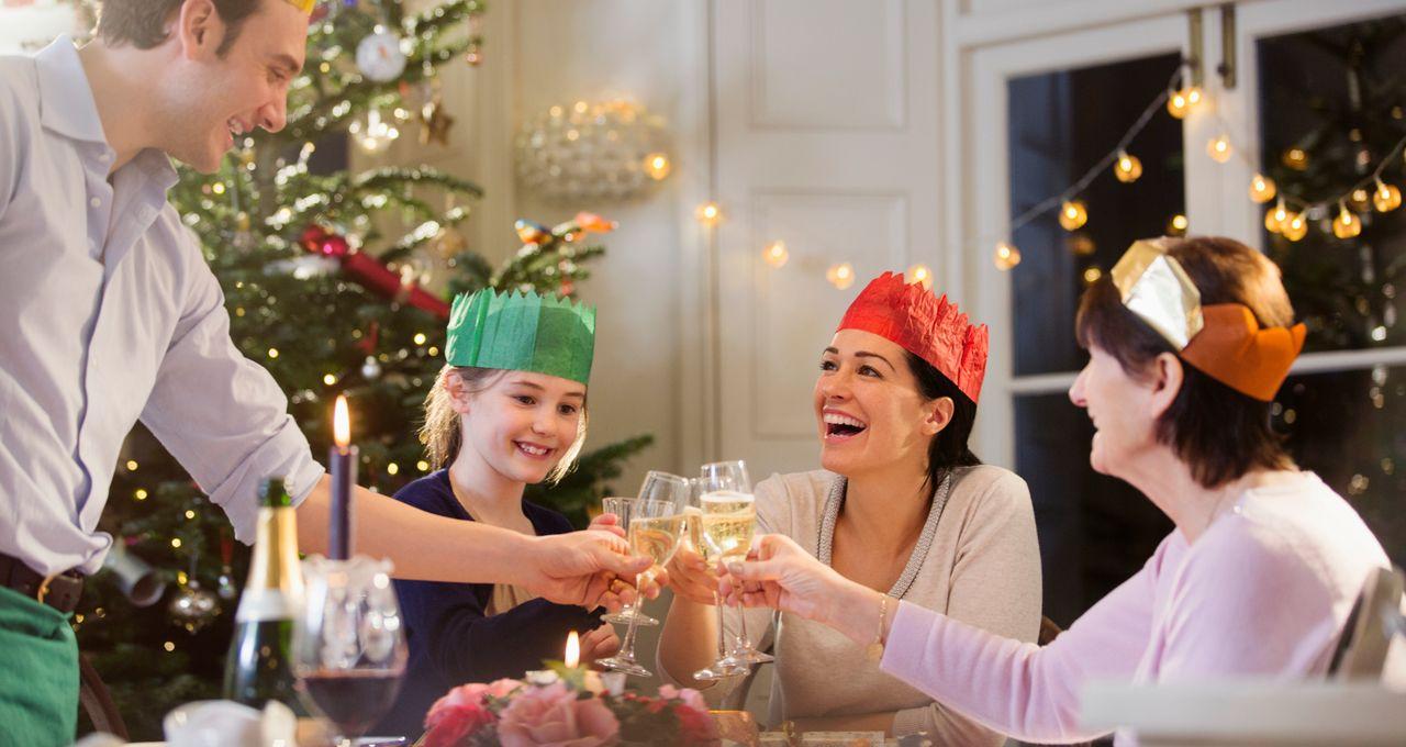 Os franceses poderão se encontrar com a família na noite da véspera de Natal.