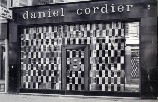 Façade de la galerie de Daniel Cordier au 8 rue de Miromesnil dans le 8ème arrondissement, photo issue du site du musée des Abattoirs de Toulouse  de Paris