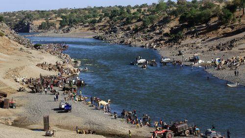 Exode : plus de 40 000 Éthiopiens ont déjà fui le Tigré pour rejoindre le Soudan