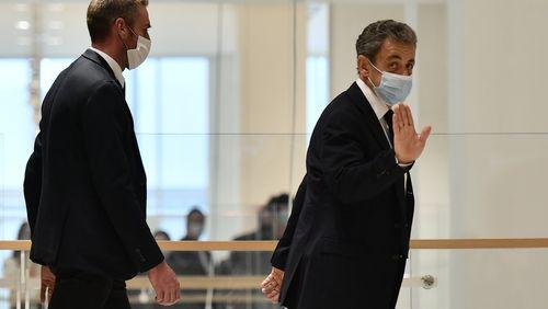 """Affaire des """"écoutes"""" : le procès de Nicolas Sarkozy attendra quelques jours"""
