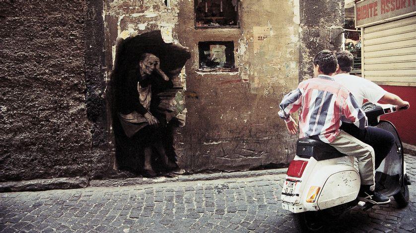 """Ernest Pignon-Ernest : """"A Naples on peut interroger 2000 ans d'Histoire et, en même temps, les problèmes contemporains y sont les plus aigus"""" - Ép. 6/11 - La Nuit rêvée d'Ernest Pignon-Ernest"""