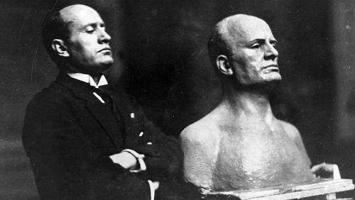 Épisode 4 :  Mussolini peut-il être un personnage de roman ?
