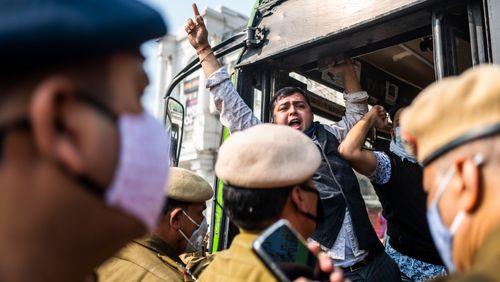 L'Inde accusée de livrer ses petits paysans à l'agrobusiness