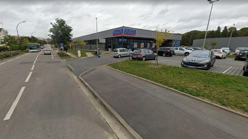 Une cliente du supermarché Aldi quartier Marivaux porte plainte contre un vigile pour insultes racistes et sexistes