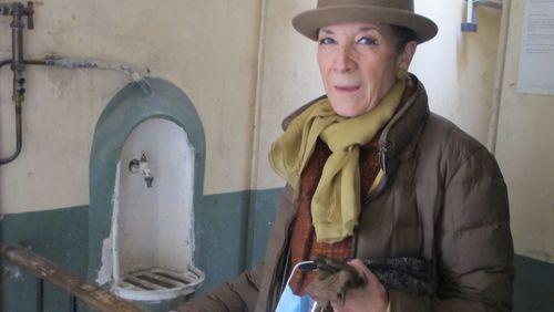 La dame du 6ème étage : tailleur Chanel et chambre de bonne