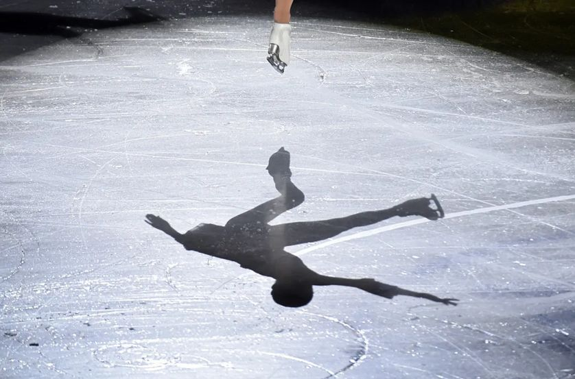 Le milieu du patinage artistique est particulièrement touché par une série d'accusations mettant en cause des entraîneurs de la discipline - sur fond d'abus de pouvoir, parfois sur de très jeunes filles.